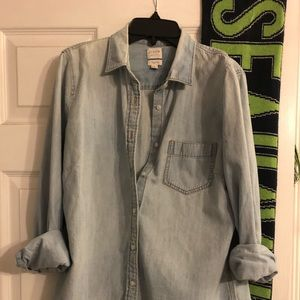 J Cree Chambray Button Down
